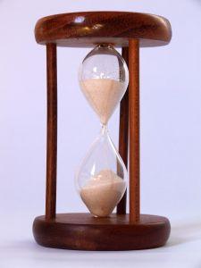hourglass-3-708451-m